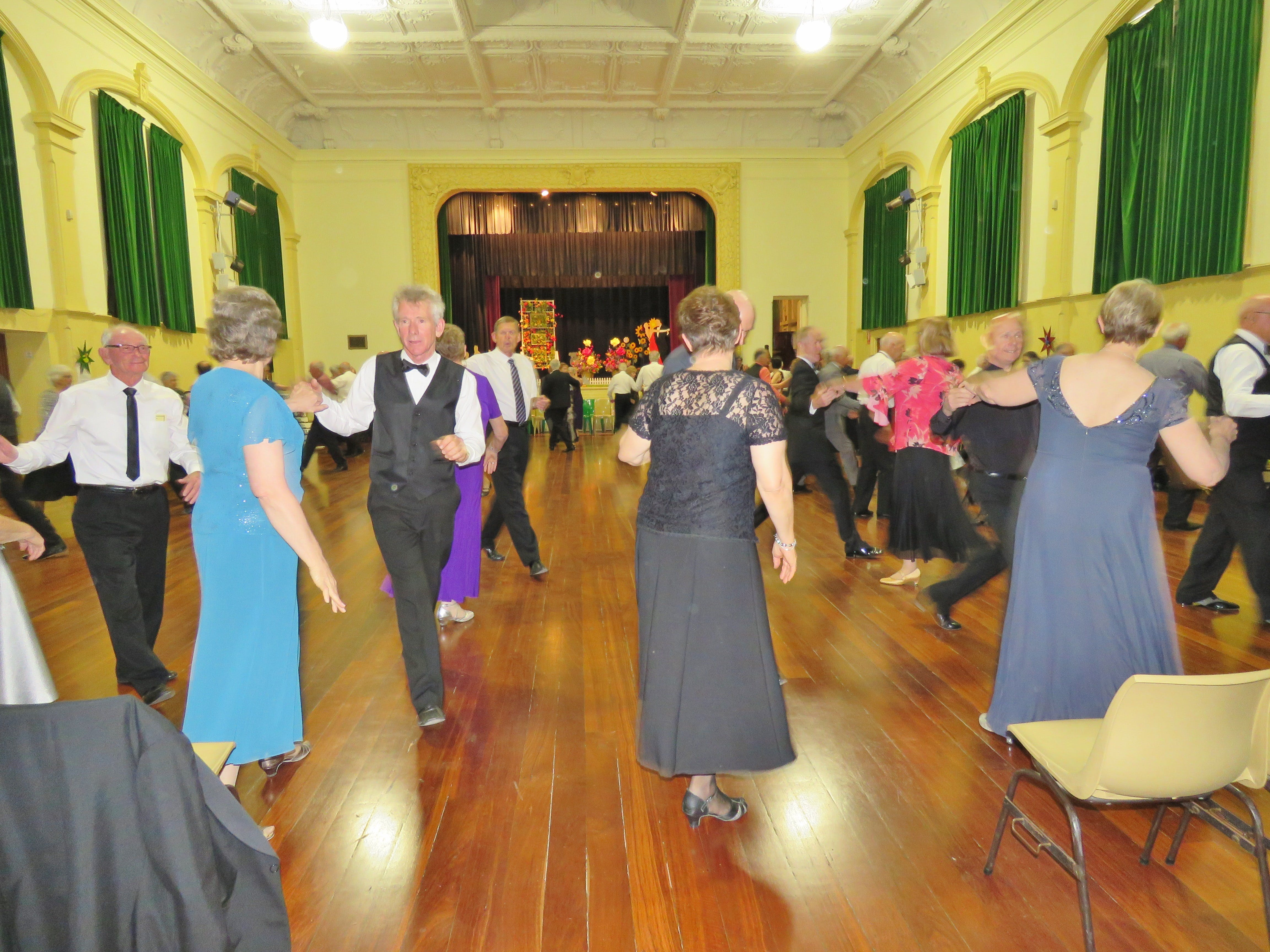 Old Style/New Vogue Dance Wallaroo - Accommodation in Bendigo