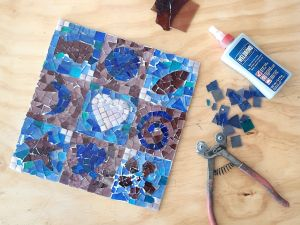 Intro to Mosaics Weekend with Leadlight By Ettore - Accommodation in Bendigo