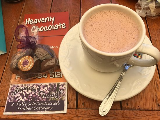 Stanthorpe's Heavenly Chocolate at Wisteria Cottage - Accommodation in Bendigo