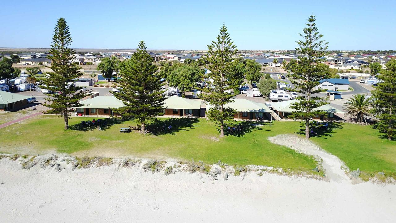 Wallaroo Holiday Park - Accommodation in Bendigo