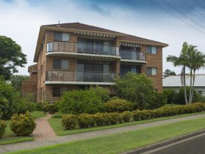 9 Braemar- skip hop and jump from everything - Accommodation in Bendigo