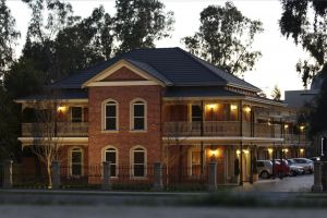 Carlyle Suites  Apartments - Accommodation in Bendigo