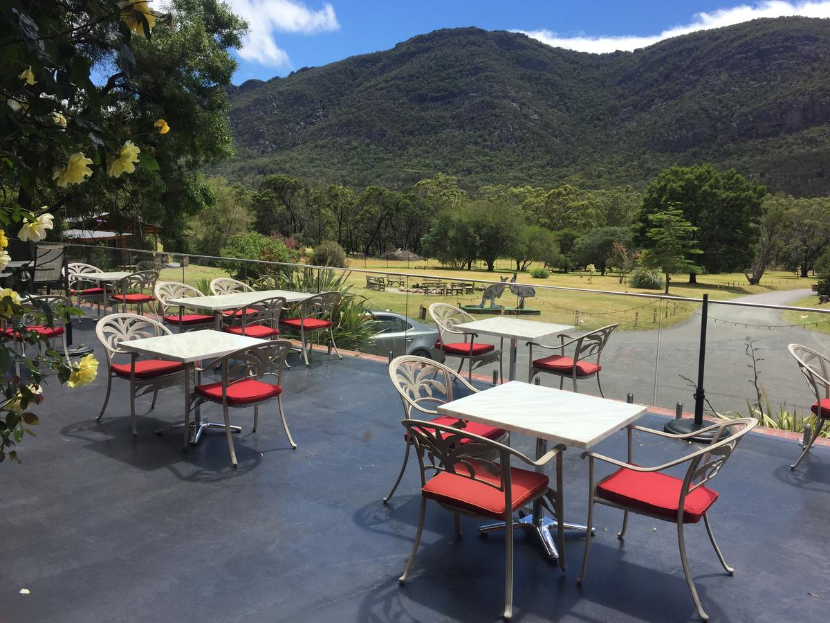 The Grampians Motel and The Views Bar  Restaurant - Accommodation in Bendigo