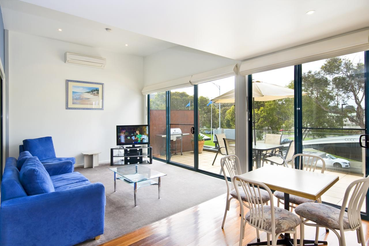 Anchorage Motel  Villas Lorne - Accommodation in Bendigo