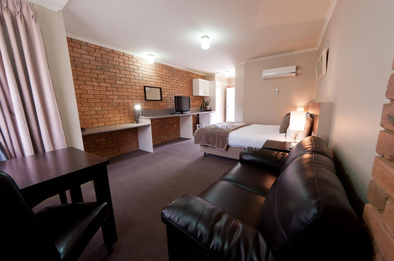 National Hotel Complex Bendigo - Accommodation in Bendigo