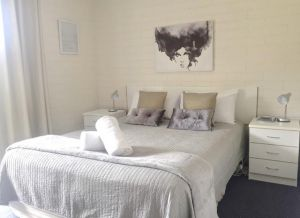 Aquarius Batehaven - Accommodation in Bendigo